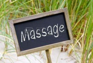 23461989-massage