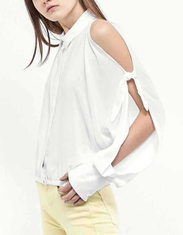 Article porter la chemise avec noeud