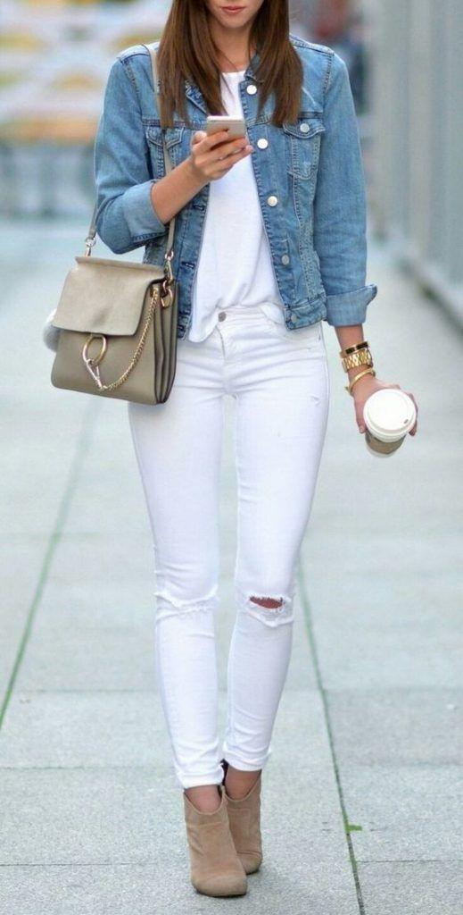 Veste en jean et pantalon blanc